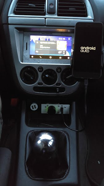 DIY Android Auto Headunit - Michael Dornisch